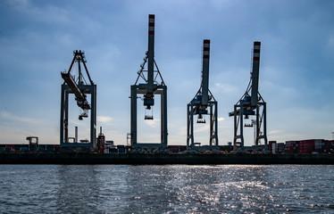 Verladekräne Hafen