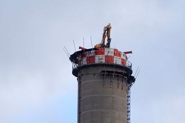 Abriss Schornstein Heizkraftwerk