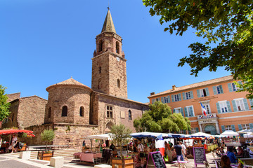 Cathedral with market square