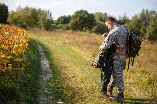 Son meets father of soldier. Meeting a soldier. Military service.