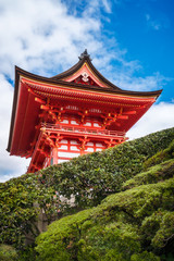 The Stunning entry building to the iconic Kiyomizu-dera buddhist temple, Kyoto, Japan