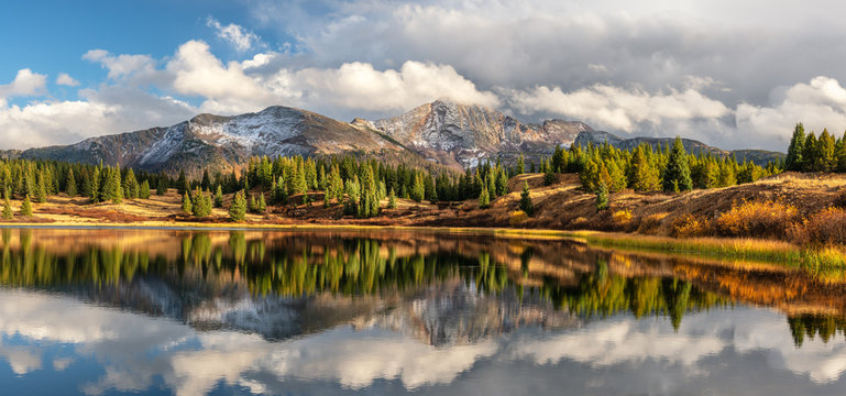 Little Molas Lake in Autumn - Million Dollar Highway - Colorado Rocky Mountains