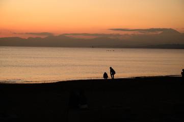 二人の海岸