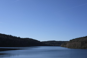 Water reservoir dam