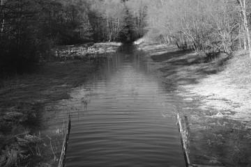Reservoir Water Detail Railing
