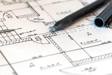 Planzeichnung eines Hauses mit Fineliner