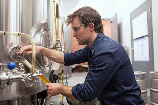 Man working in brewery
