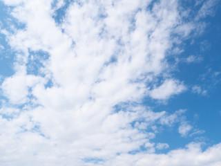 青空と雲(11月)