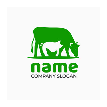 Farm icon with cow, pig and chicken. Logo for agricultural company. Green symbol for farm products. Vector illustration of farm animals.