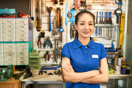 Saleswoman in hardware store
