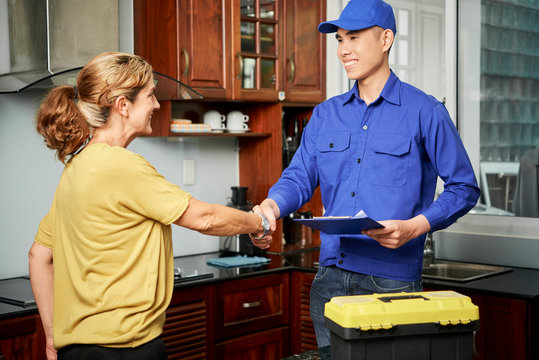 Concluding a deal with home service