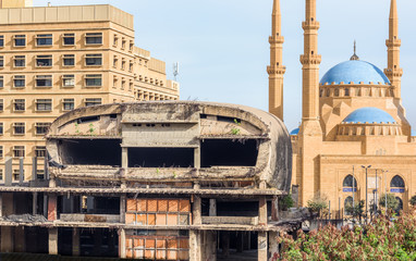 The Egg cinema building and Al-Amine blue mosque in Downtown Beirut, Lebanon