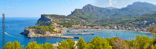 Wall mural High quality panorama of the Port de Soller, Majorca, Spain.