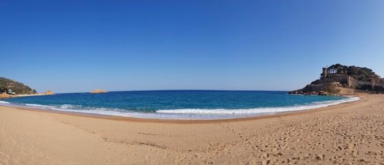 Photo sur Toile Saumon panorama de tossa ,paysage de bord de mer en espagne