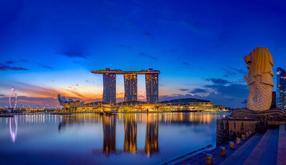 Marina Bay Sands at night the largest hotel in Asia. Wall mural