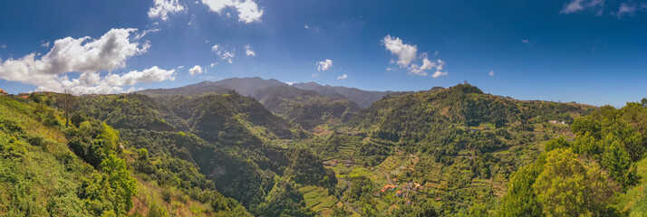 Fototapete - Beautiful mountain landscape of Madeira island, Portugal, in summer. Travel background.
