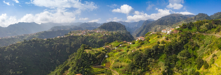 Fototapete - Scenic mountain landscape of Madeira island, Portugal, in summer. Panorama view.