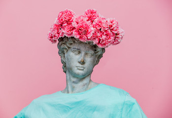 Fotobehang Pop Art Antique bust of male with carnations bouquet in a hat