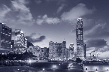 Fototapete - Skyline of Central district of Hong Kong city at dusk