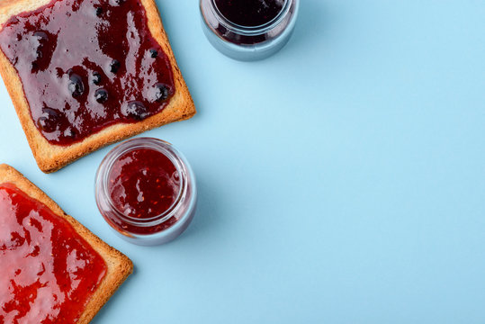 Raspberry and blueberry toast