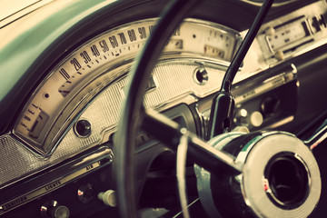 Fotomurales - Classic car interior with close-up on steering wheel