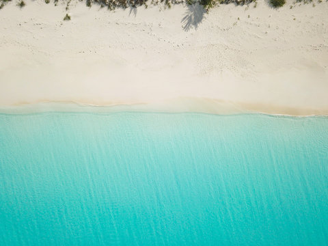 Aerial view of sandy beach. exuma bahamas