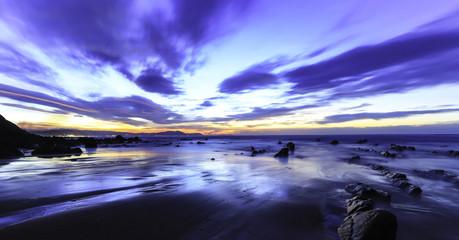 Atardecer desde la playa de Barrika en Vizcaya