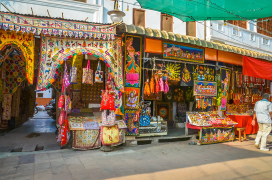 Street market with souvenirs in city Pushkar, Rajasthan, India.
