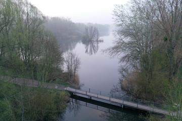 Brücke aus der Luft Luftbildaufnahme