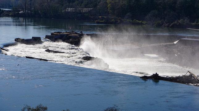 Willamette Falls on the Willamette River in Oregon City, Oregon is a waterfall 40 feet tall, 1,500 feet wide in a horseshoe shape.