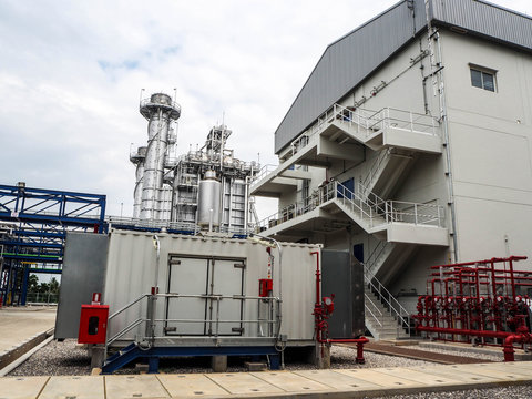 Diesel generator systems in Combined-Cycle Co-Generation power plant.