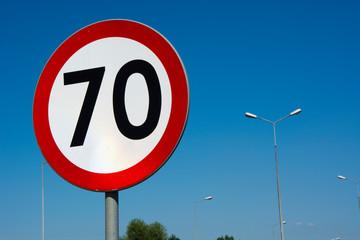 Fototapeta Znak drogowy ograniczenie prędkości do 70 obraz