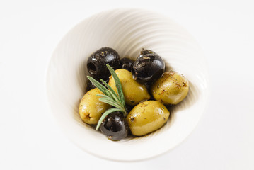 olive fruits in the bowl