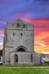 Saint Guénolé. La Tour Carrée, vestige d'une ancienne église. Finistère, Bretagne
