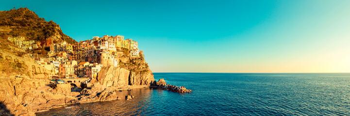 Fotomurales - Manarola, Cinque Terre (Italian Riviera Liguria), Italy - famous italian travel destinations