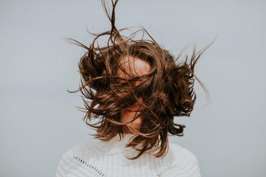 Avoir les cheveux dans le vent