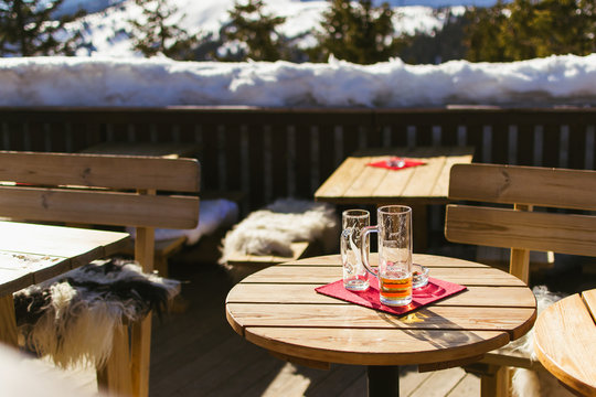 Drinks on the table of an outdoors restaurant