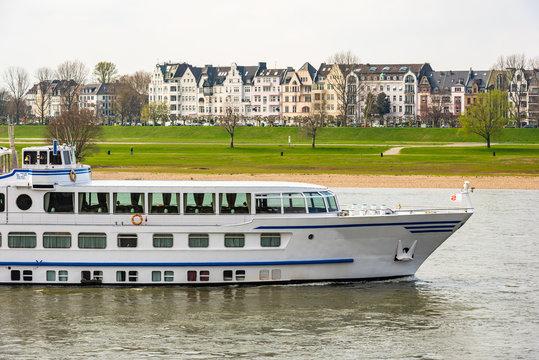 Oberkassel in Düsseldorf am Rhein