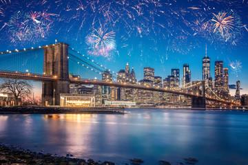 Stunning Fireworks Over New York City And The Brooklyn Bridge