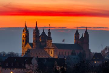 Dom St.Peter zu Worms im Sonnenuntergang Fototapete