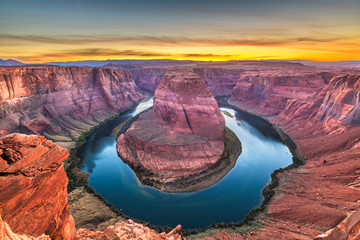 Fototapete - Horseshoe Bend on the Colorado River at sunset
