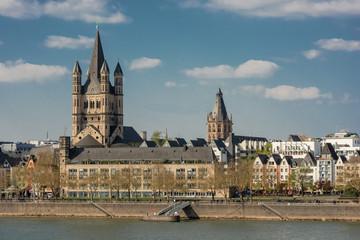 Stadtpanorama Köln mit Groß St. Martin
