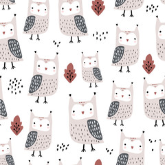 Keuken foto achterwand Uilen cartoon Seamless pattern with owls and leaves. Creative woodland childish texture in autumn colors. Great for fabric, textile Vector Illustration