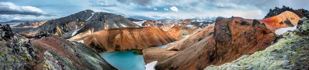 Foto op Plexiglas Zalm Panoramic view of colorful rhyolite volcanic mountains Landmannalaugar as pure wilderness in Iceland