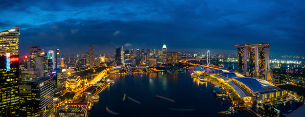 Wall Mural - Panorama of Singapore cityscape at dusk