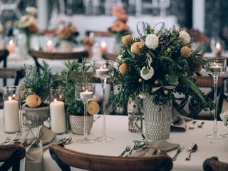 Wedding flower decoration. Floral decor.