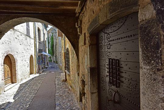 Narrow Picturesque Backstreet in Saint Paul de Vence, France