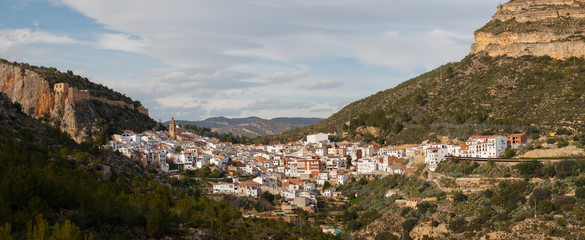 City of Chulilla underneath ruins of 13th century castle, Spain