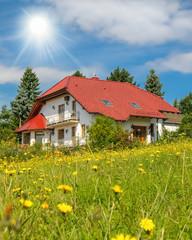 ökologisches Bauen - Haus in und mit der Natur