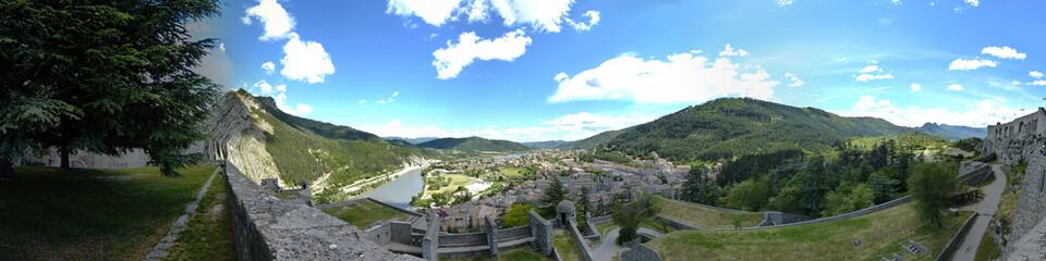 Photo sur Toile Kaki panorama de Sisteron